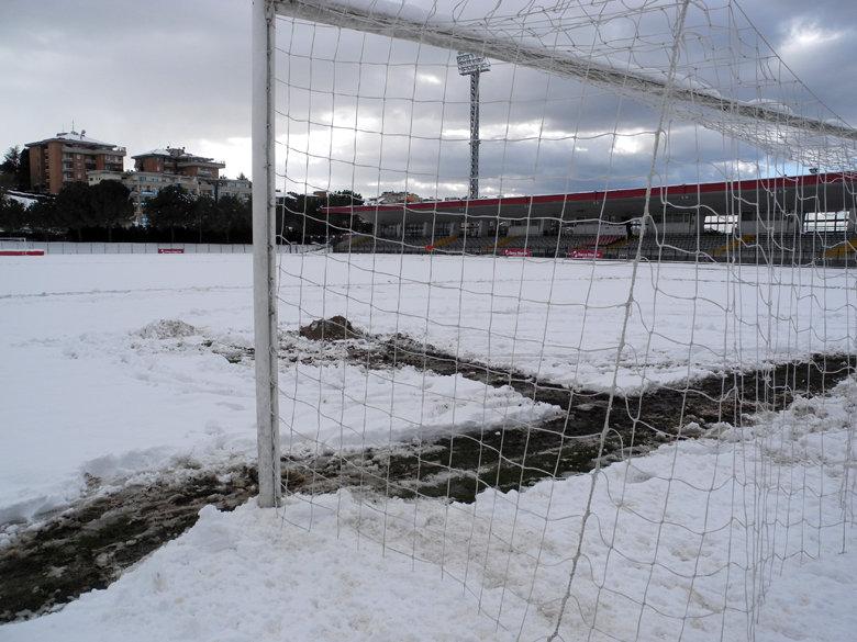 Terremoto e neve, Maceratese-Modena rinviata