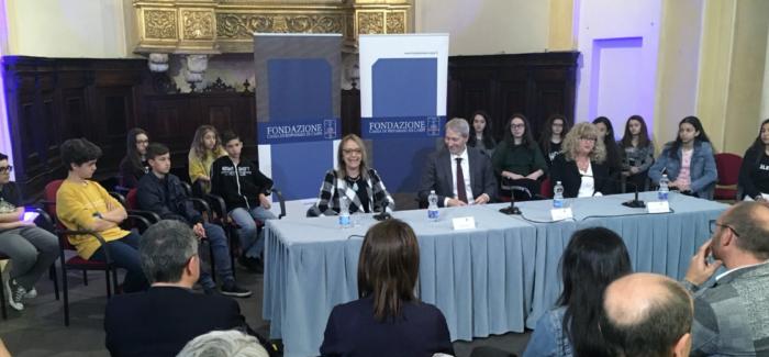 """CARPI: ECCO GLI STUDENTI VINTORI DEL """"PREMIO DI ECCELLENZA"""""""