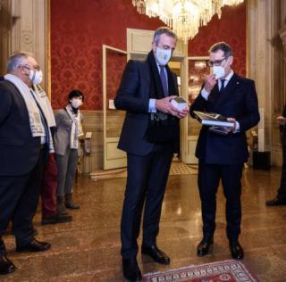 """BOLOGNA: I 150 ANNI DELLA """"SEF VIRTUS"""" IN MUNICIPIO"""