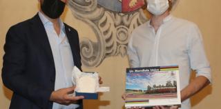 IMOLA: PREMIATO IN MUNICIPIO IL RICERCATORE ENRICO COCCHI